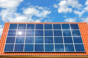 energie opwekken met fotovoltaïsche zonnepanelen