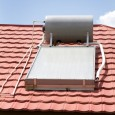 Het rendement van een zonneboiler is afhankelijk van een aantal verschillende factoren. Door hier goed rekening mee te houden kunt u het rendement optimaliseren. Het is bijvoorbeeld van belang om […]